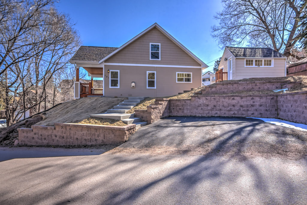 131 Deer Path Ave, Manitou Springs, CO - Manitou Springs Real Estate