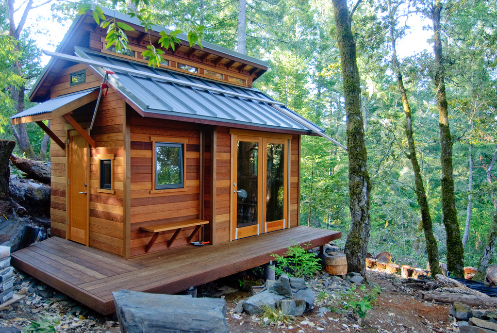 Are tiny houses allowed in Manitou Springs or El Paso County